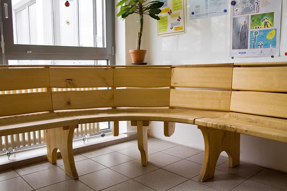 m bel tischlerei am hof massivholzbau treppen t ren k chen m bel holzbau innenausbau. Black Bedroom Furniture Sets. Home Design Ideas
